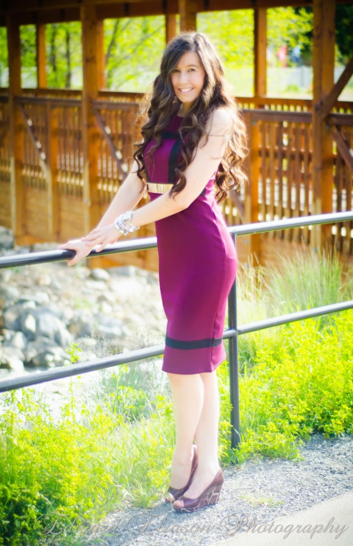 berry midi dress, purple bodycon dress, purple dress, missluxe, miss luxe dresses, gold belt, purple and black midi dress, date night outfit, date night attire, date night, pretty outfit, cute,