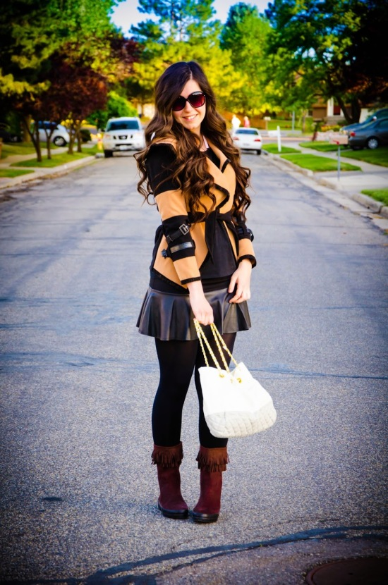 coffee and black coat, coat, asian coat, dav booties, pretty boots, fall fashion, leather pleated skirt, short skirt, cute,
